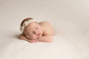 Kayla Alden Photography // Kansas City Newborn Photography